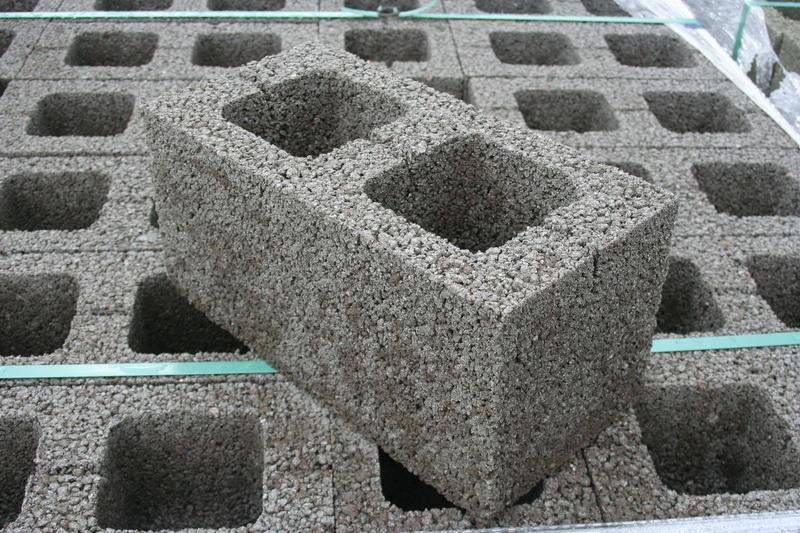 Рис. 1 блоки из керамзитобетона